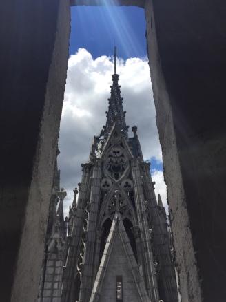 Quito_Basilica_DelVoto